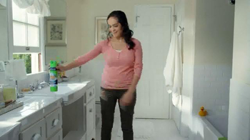 Scrubbing Bubbles Bathroom Cleaner TV Spot, 'New Pet' - Thumbnail 8