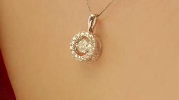 Kay Jewelers Diamonds in Rhythm TV Spot, 'VH1: Bonnaroo' - Thumbnail 3