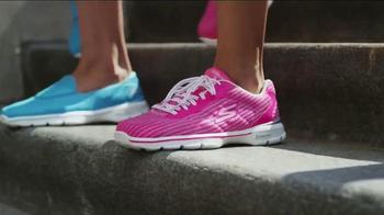 Skechers Go Walk 3 TV Spot, 'Innovation Never Felt This Good' - Thumbnail 8