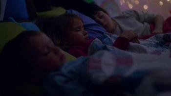 Crayola TV Spot, 'Gift of Colors' - Thumbnail 2