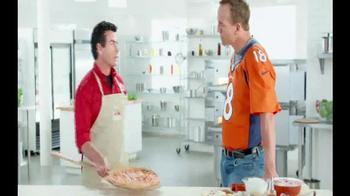 Papa John's TV Spot, 'Super Bowl 2015 Free Pizza Promo' Ft. Peyton Manning - Thumbnail 2