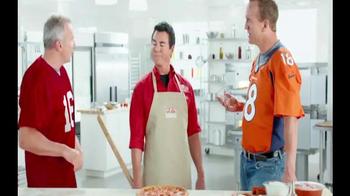 Papa John's TV Spot, 'Super Bowl 2015 Free Pizza Promo' Ft. Peyton Manning - Thumbnail 5