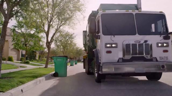 Waste Management Phoenix Open Event TV Spot, 'No Trash Cans Invited' - Thumbnail 10