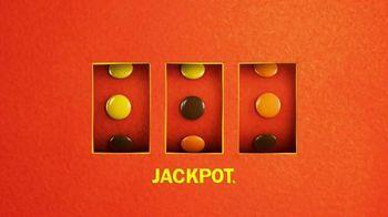 Reese's Pieces TV Spot, 'Slot Machine Fun'