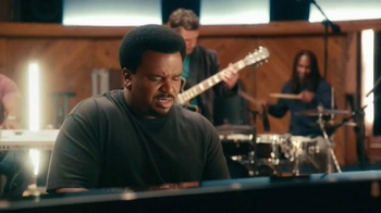 Pepsi TV Spot, 'Hyped for Halftime: Headin' to Halftime' Ft. Craig Robinson - Thumbnail 3