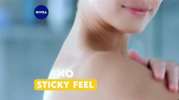 Nivea In-Shower Body Lotion TV Spot, 'Conveniently Moisturize' - Thumbnail 7