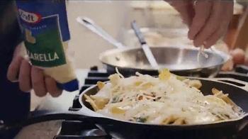 Kraft Natural Mozzarella Shredded Cheese TV Spot, 'Something to Love' - Thumbnail 2