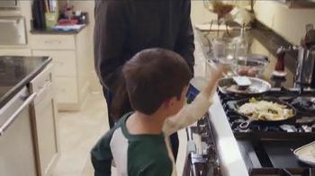 Kraft Natural Mozzarella Shredded Cheese TV Spot, 'Something to Love' - Thumbnail 3