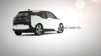 BMW i3 Super Bowl 2015 TV Spot, 'Newfangled Idea' Ft. Today Show Hosts - Thumbnail 9