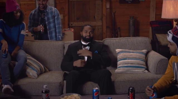 Pepsi TV Spot, 'Hyped for Halftime: Jerod Mayo Gets Hyped' - Thumbnail 4