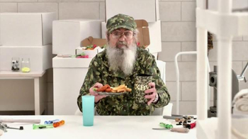 Zaxby's Boneless Wings Meal TV Spot, 'Chickenflage' Featuring Si Robertson