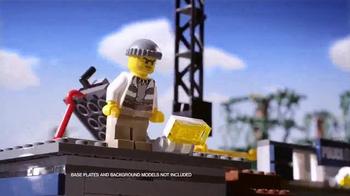 LEGO City TV Spot, 'Catch the Swamp Crook' - Thumbnail 3