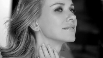 L'Oreal Paris Revitalift TV Spot, 'Skin Changes' Featuring Naomi Watts - Thumbnail 10