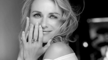 L'Oreal Paris Revitalift TV Spot, 'Skin Changes' Featuring Naomi Watts - Thumbnail 7