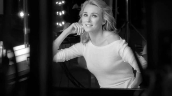 L'Oreal Paris Revitalift TV Spot, 'Skin Changes' Featuring Naomi Watts - Thumbnail 8