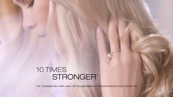 Essence Ultime TV Spot, 'Ultime Care' Ft. Caludia Schiffer - Thumbnail 6
