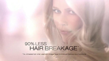 Essence Ultime TV Spot, 'Ultime Care' Ft. Caludia Schiffer - Thumbnail 8