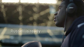 Bose TV Spot, 'Game Changers' Featuring Russell Wilson, Song by Seinabo Sey - Thumbnail 5