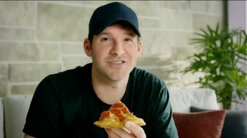 Pizza Hut Triple Cheese Covered Stuffed Crust TV Spot, 'Play' Ft. Tony Romo - Thumbnail 6