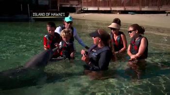 The Hawaiian Islands TV Spot, 'With the Dolphins' Featuring Matt Kuchar - Thumbnail 4