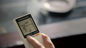 Mitsubishi Electric TV Spot, 'Restaurant Mishap' - Thumbnail 8
