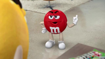 Crispy M&M's TV Spot, 'Globe' [Spanish] - Thumbnail 4