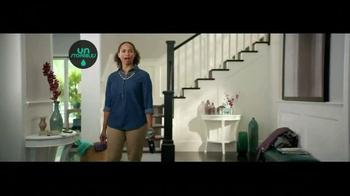 Downy Unstopables Air Refresher TV Spot, 'Foyer' - Thumbnail 1