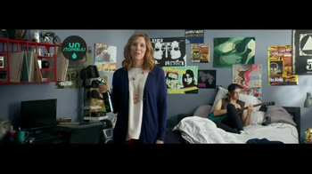 Downy Unstopables Air Refresher TV Spot, 'Foyer' - Thumbnail 4
