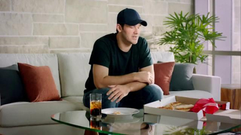 Pizza Hut Stuffed Crust TV Spot, 'Challenge' Featuring Rex Ryan, Tony Romo - Thumbnail 8