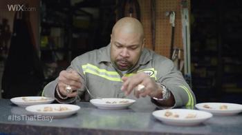 Wix.com Super Bowl Campaign TV Spot, 'Larry Allen Has Terrell Owens' Pies' - Thumbnail 1