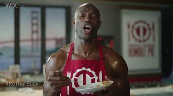 Wix.com Super Bowl Campaign TV Spot, 'Larry Allen Has Terrell Owens' Pies' - Thumbnail 6