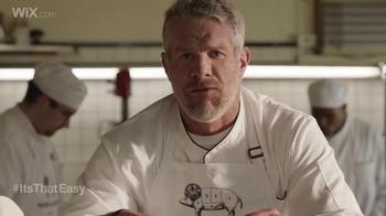 Wix.com Super Bowl Campaign TV Spot, 'Brett Favre & T.O. Pie Face Off' - Thumbnail 4