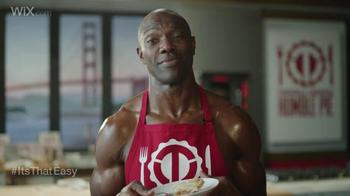 Wix.com Super Bowl Campaign TV Spot, 'Brett Favre & T.O. Pie Face Off' - Thumbnail 8