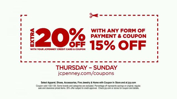 JCPenney Red Zone Clearance Event TV Spot, 'Get In' - Thumbnail 9