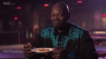 Wix.com Super Bowl Campaign TV Spot, 'Emmitt Smith & Terrell Owens' Pies'