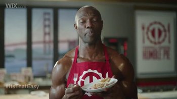 Wix.com Super Bowl Campaign TV Spot, 'Emmitt Smith & Terrell Owens' Pies' - Thumbnail 4