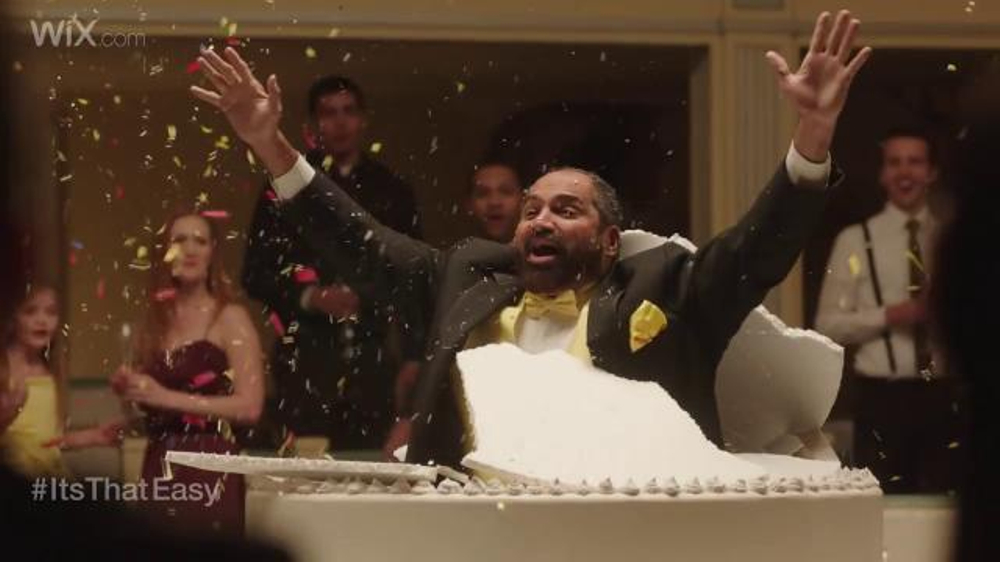 Wix.com Super Bowl Campaign TV Commercial, 'Franco Harris Jumping Out of Cake'