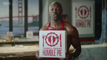 Wix.com Super Bowl Campaign TV Spot, 'Franco Harris Falls for T.O.'s Pies' - Thumbnail 7