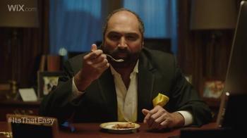 Wix.com Super Bowl Campaign TV Spot, 'Franco Harris Falls for T.O.'s Pies' - Thumbnail 1