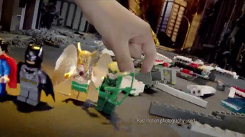 LEGO DC Comics Super Heroes TV Spot, 'Darkside Invasion' - Thumbnail 2