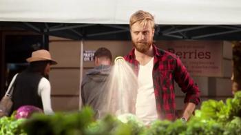 Carl's Jr. All-Natural Burger Super Bowl 2015 TV Spot, 'Au Naturel' - Thumbnail 2