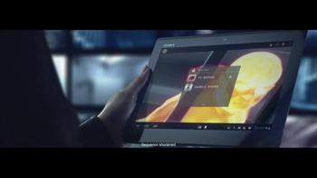 Sony Bravia TV Spot Featuring Daniel Craig - Thumbnail 4
