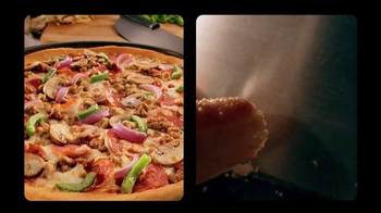 Pizza Hut $10-Carryout Deal TV Spot, 'Tonight is the Night' - Thumbnail 7