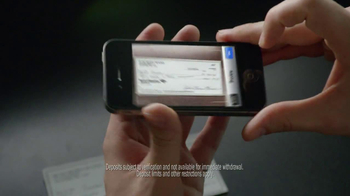 Bank of America Mobile Banking TV Spot, 'Better Than Ever' - Thumbnail 5