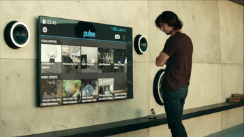 Motorola Droid Razr Maxx HD TV Spot, 'Break Out' - Thumbnail 5