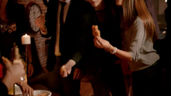 KFC Dip 'Ems TV Spot, 'Now, This is a Party' - Thumbnail 3