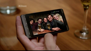 Nikon Coolpix S800C TV Spot Featuring Ashton Kutcher - Thumbnail 6
