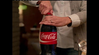Coca-Cola TV Spot, 'Futuristic Technology' - Thumbnail 7