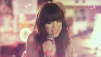 Carly Rae Jepsen, 'This Kiss' TV Spot  - Thumbnail 2