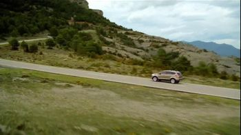 2013 Ford Escape TV Spot, 'Opposites Attract' - Thumbnail 5